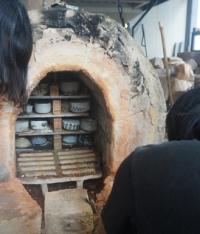 手づくり窯で焼成した陶器の窯出しが行われました_main