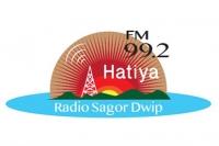 バングラデシュ・ラジオ局ロゴを卒業生がデザイン!_main